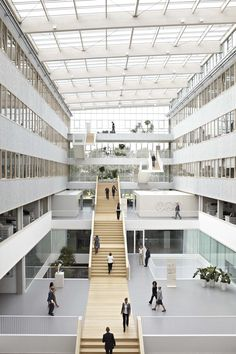 TNT Centre, Hoofddorp, 2011 - Paul de Ruiter Architects