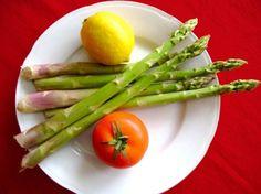 Gli asparagi, un verde afrodisiaco http://www.arturotv.tv/san-valentino/gli-asparagi-un-verde-afrodisiaco