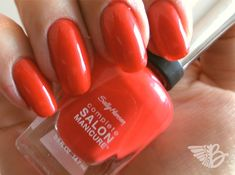 """Sally Hansen Complete Salon Manicure – Nr. 550 """"All Fired Up"""""""