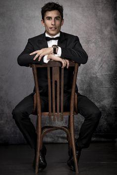 Marc Marquez, Fashion Suits, Mens Fashion, Motogp, Champion, Daddy, Husband, Sport, Moda Masculina