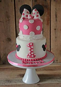 Minnie mouse cake three