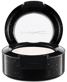 MAC pressed pigment — an awesome highlighter for contouring