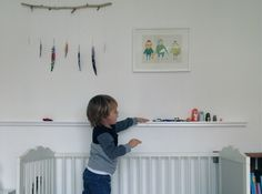 Display shelf for kids' little toys (with instructions)