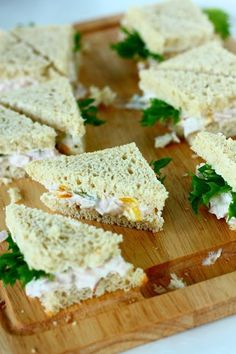 Kolmioleivät kahdella täytteellä - Suklaapossu Feta, Dairy, Bread, Cheese, Brot, Baking, Breads, Buns