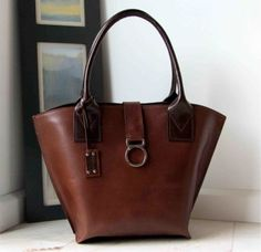 Leather bucket bag, designed and handmade by rinarts