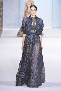 Ralph & Russo couture autumn/winter 2016 show collection pictures Love Couture, Style Couture, Couture Fashion, Runway Fashion, Fashion Fashion, Fall Fashion 2016, Fashion Week, Fashion Show, Autumn Fashion