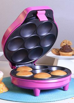 Magenta cupcake maker // #Pantone Color of the Year 2014 #Radiant_Orchid #product_design