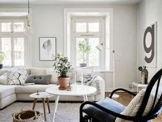 A calm Swedish home in the heart of Gothenburg. Stadshem.