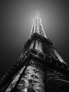 B Eiffel Tower