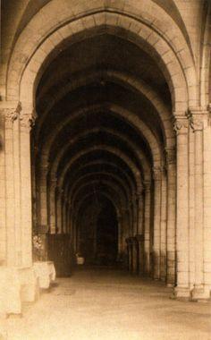 Nave lateral da catedral de Lugo, ca. 1900