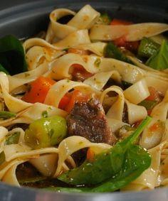 Trendy pasta best sauce ever 58 ideas Pasta Recipes, Diet Recipes, Good Food, Yummy Food, Heart Healthy Recipes, Food Humor, Macaron, Italian Recipes, Food Porn
