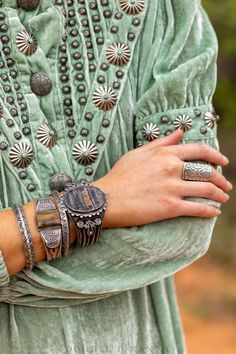 Indian Arts And Crafts, Stone Chips, Petrified Wood, Native American Jewelry, Clothing Items, 1930s, Fossil, Agate, Cuff Bracelets