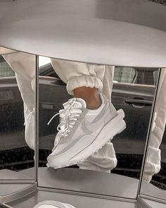 Dr Shoes, Hype Shoes, Me Too Shoes, Mint Shoes, White Nike Shoes, Shoes Heels, Pumps, Nike Fashion, Sneakers Fashion