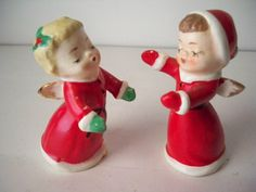 vintage 1950s Christmas Holiday Season Angel Children  Hugging Salt and Pepper Shakers that are puckered up to kiss by VintageFindsbySuzi on Etsy