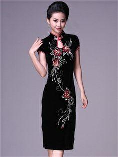 Women's Velvet Polyester Black Knee-length Sequined flowers Cheongsam Dress
