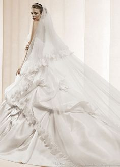 La Sposa Bridal Gown Collection