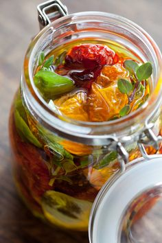 How to make half-dried tomato (In Japanese)