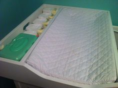 {Jenny Free Style}: Our Changing Station Crib Topper