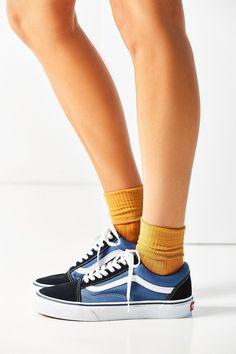 21ed75b238 Urban Outfitters Vans Classic Old Skool Sneaker - Black W 7 M 5.5 Vans Old