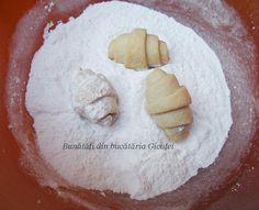 Cornulete fragede si vanilate (de post) - Bunătăți din bucătăria Gicuței Camembert Cheese, Dairy, Food, Essen, Meals, Yemek, Eten