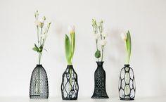Le designer italien Libero Rutilo, qui vit et travaille à Milan, a créécette collection de quatre vases en utilisant l'impression 3D. Cette collection est