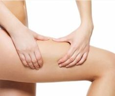 8 tips and tricks for how to get rid of and prevent cellulite. Dietas Detox, Meditation Exercises, Reduce Cellulite, Healthy Oils, Do Exercise, Look In The Mirror, Best Diets, How To Do Yoga, Cellulite