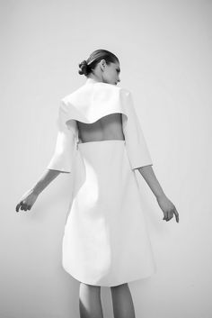 FOR STYLE INSPIRATION || Minimalistic white, boxy shape & cut out back || NOVELA BRIDE...where the modern romantics play & plan the most stylish weddings.... www.novelabride.com @novelabride #jointheclique #novelabride