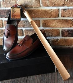 """Bear Shoe Horn Collector/'s Carved Wood Animal Wooden Shoehorn 23/"""" Length"""