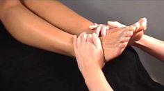 Ook een goede voetmassage op zijn tijd, doet relatie-wonderen!