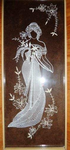 Diy And Crafts, Arts And Crafts, Romanian Lace, Lace Art, Bobbin Lace Patterns, Tablet Weaving, Lace Making, String Art, Handicraft