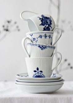bleu and white
