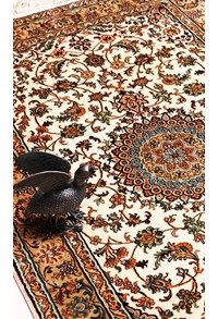 New Silk collection,The Carpet Cellar,Silk on Silk Kashan<br>TCC-9825<br>4.1 Feet X 2.8 Feet