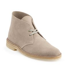 Desert Boot-Men in Sand Suede - Mens Boots from Clarks現在就加入「Dy購購 LINE」,享有最優惠價格$3199喲!