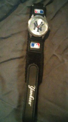 New York Yankees Future Star Youth / Kids Watch w/ Adjustable Velcro Band