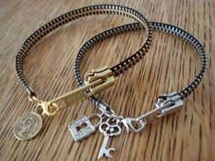 Love the zipper bracelet.
