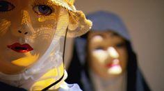 La Mi-Carême : Fête bien vivante à Fatima Îles de la Madeleine Carnival, Halloween Face Makeup, Culture, Painting, Madeleine, Mardi Gras, Carnivals, Painting Art, Paintings