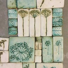 Photo Photo Home Deco ceramic pottery handmade photo slabpottery Hobbies ceramic pottery ideas Pottery Tools, Slab Pottery, Ceramic Pottery, Pottery Art, Clay Projects, Clay Crafts, Diy And Crafts, Ceramic Tile Art, Clay Tiles