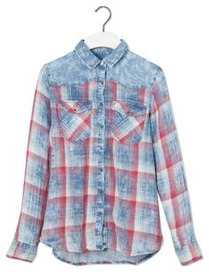 COMBINED CHECK PRINT DENIM SHIRT - BLOUSES AND SHIRTS - WOMAN - PULL&BEAR Greece
