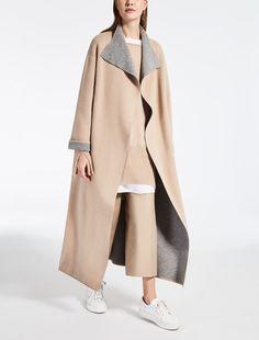 Max Mara SICILIA camel: Reversible wool coat.