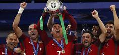 फ्रांस को हरा पुर्तगाल बना यूरो चैंपियन, पहली बार जीता खिताब #euro cup 2016 #Portugal winners #champions euro cup #sports news #latest news