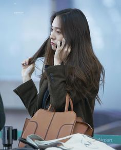 Krystal Fx, Jessica & Krystal, Jessica Jung, Incheon, Happy Sunday, South Korean Girls, Korean Girl Groups, Krystal Jung Fashion, Style Scrapbook