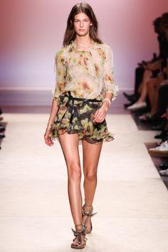 Sfilata Isabel Marant Paris - Collezioni Primavera Estate 2014 - Vogue