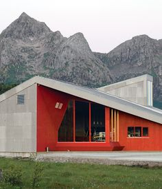 The Donning Community Building, constructed in 2006. Image courtesy Jarmund/Vigsnæs AS Architects MNAL.  Photo by Pia Ulin.