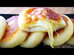 Today We teaches everyone how to make a very delicious snack with potatoes. You don't have to eat any more. Soft musk sweet and still brushed, simpler than fried potatoes, more delicious than meat. Asian Street Food, Potato Cakes, Cheesy Potatoes, Mashed Potatoes, Comfort Food, Secret Recipe, Yummy Snacks, Potato Recipes, Love Food