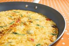 Budget-Friendly Summer Vegetable Frittata -- This frittata is a great way to get more veggies into your day. Have it for brunch or dinner! Serves 9 g of carbs for each serving. Breakfast Frittata, Breakfast For Dinner, Breakfast Recipes, Dinner Meal, Egg Recipes, Diabetic Recipes, Cooking Recipes, Healthy Recipes, Chicken Recipes