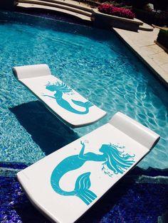 Luxury Pools- Mermaid Pool Float- �