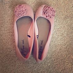 Light Pink Rose Flats Light Pink with felty texture! Worn only a few times with no damage! Wet Seal size 7 but runs large! Willing to bundle:) Wet Seal Shoes Flats & Loafers