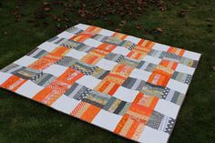 Quilting is more fun than Housework...: Blogger's Quilt Festival - Throw Quilt Entry