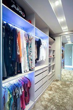 58 ideas small master closet layout walk in Master Closet Layout, Small Master Closet, Master Closet Design, Walk In Closet Design, Master Bedroom Closet, Small Closets, Bathroom Closet, Closet Designs, Walking Closet
