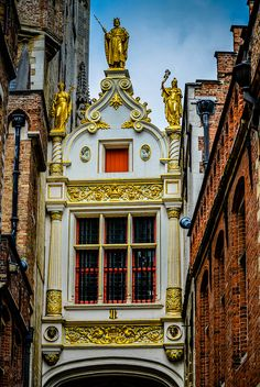 Palace of the Liberty of Bruges, Belgium. Landhuis van het Brugse Vrije Bridge in the Burg - Bruges, Belgium Sacred Architecture, Beautiful Architecture, Beautiful Castles, Old Building, Europe, Bruges, Antwerp, Big Ben, Tours